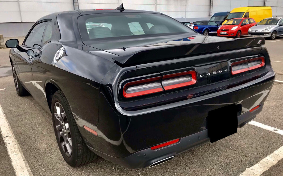 Аренда Dodge Challenger